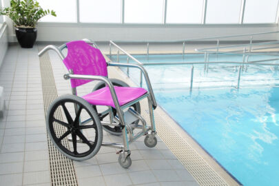 swimming-pool-wheel-chair-disabled